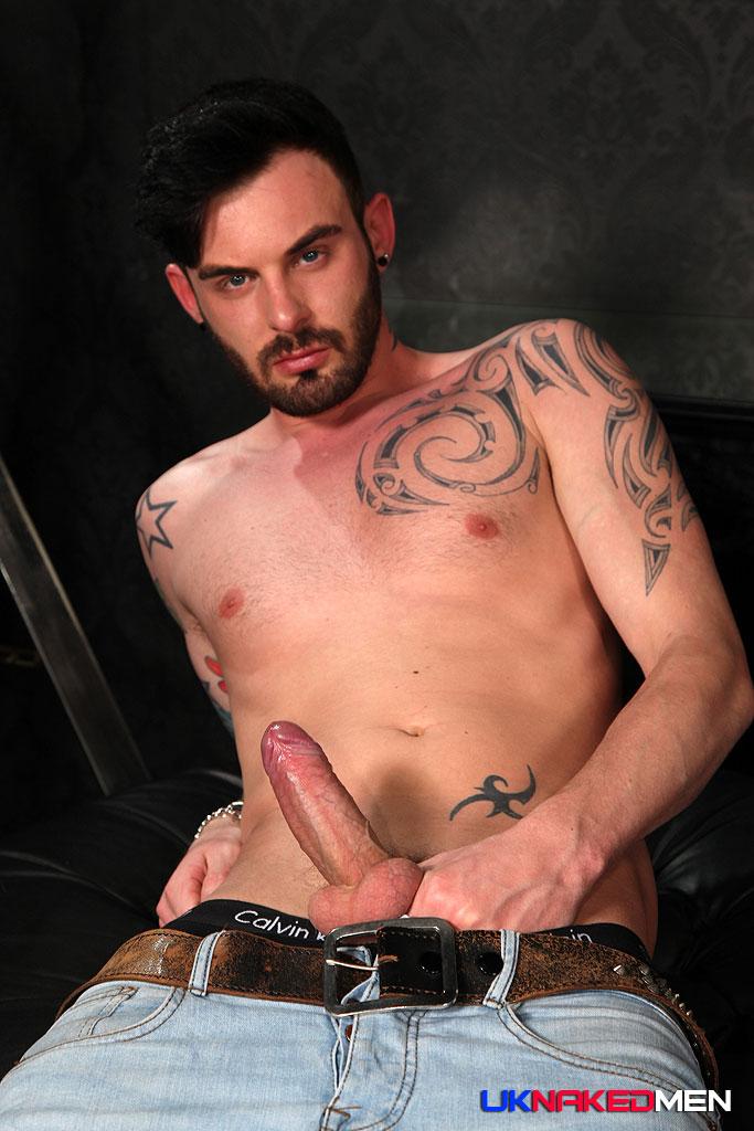 Adam watson blows two fat schlongs 4